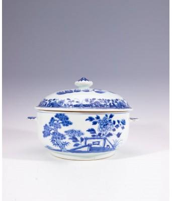 QING QIANLONG BLUE & WHITE LANDSCAPE JAR